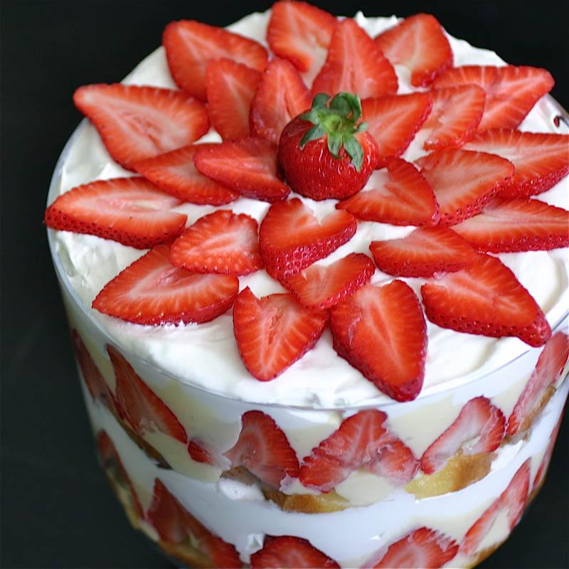 دسر و شیرینی ترایفل