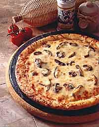 پیتزا قارچ و پنیر