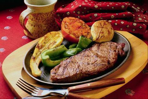 خوراک استیک گوشت