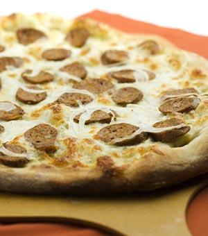 پیتزا سوسیس پنیر