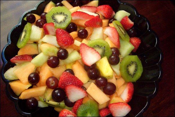 دسر و شیرینی سالاد میوه